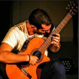 Μαυρίας Κωνσταντίνος – Κιθάρα
