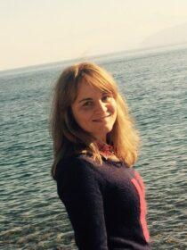Κατσάνου Ελένη – Αγγλικά ιδιαίτερα μαθήματα