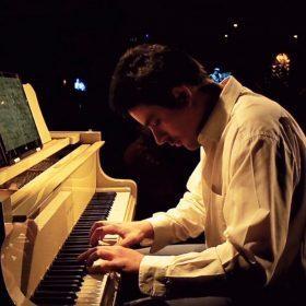Μοσχόπουλος Σπύρος – Πιάνο ιδιαίτερα μαθήματα