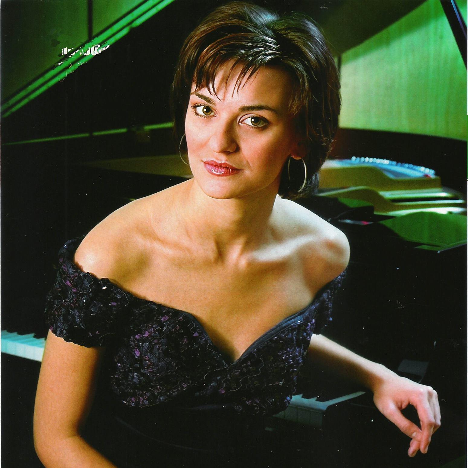 Τζιγιάννη Αλεξάνδρα – Πιάνο ιδιαίτερα μαθήματα