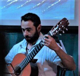 Νίκος Παχάκης – Κιθάρα ιδιαίτερα μαθήματα