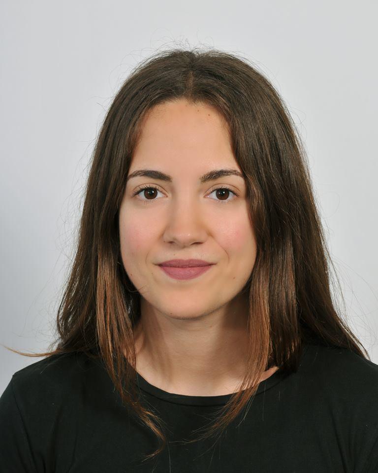 Σάρρα Κωνσταντίνα – Φιλολογικά ιδιαίτερα μαθήματα