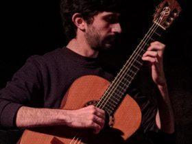 Τσέκας Γιάννης – Κιθάρα ιδιαίτερα μαθήματα