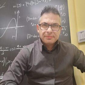 Μαντζαρίδης Κωνσταντίνος – Φυσική